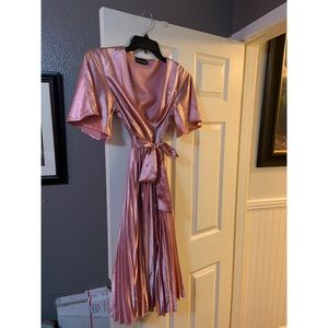 BRAND NEW!!! Pink Satin Pleated Midi Dress